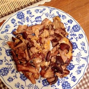 椎茸と卵のシンプル醤油炒め