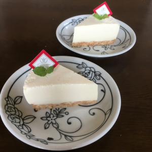 レアチーズケーキ(5号15㎝)