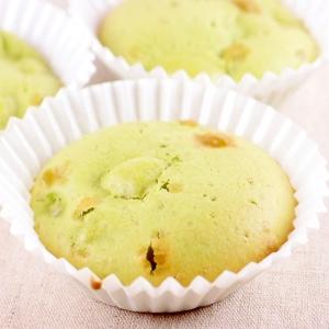 青汁&ホットケーキミックスで簡単カップケーキ