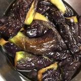 麺つゆで茄子の揚げ浸し