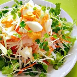 大根とゆで卵の和風サラダ