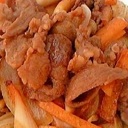 牛肉と玉ねぎ人参のにんにく味噌炒め