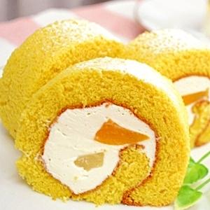 メープルが優しく香るしっとり米粉のロールケーキ