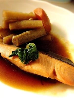 鮭の煮つけ~ニンニク風味~