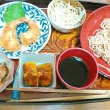 えび天&かぼちゃ煮&野菜の冷やし大麦蕎麦セット