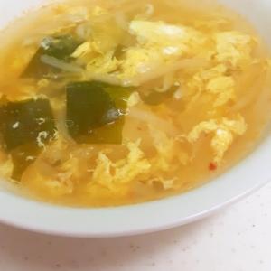 簡単!(^^)もやしとキムチのピリ辛かき玉スープ♪
