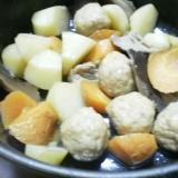 干し椎茸で簡単市販の肉ボールとじゃがいも煮