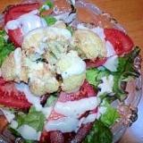 カリフラワーとトマトのサラダ