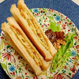 マーマレード&チーズのサンドトースト