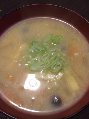 【えのき氷消費】根菜と油揚げのお味噌汁