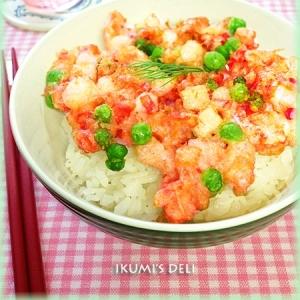 長いもと鮭の桜色かきあげ丼