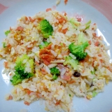 鮭とブロッコリーの卵炒飯