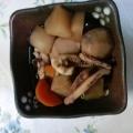 田舎風(東北)!大根と里芋とイカの煮物