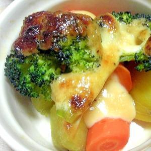 ブロッコリーとサツマイモと人参のオーブン焼き