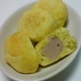 魚肉ソーセージ入りの揚げドーナツ