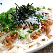 純米めんの塩麹納豆パスタ風