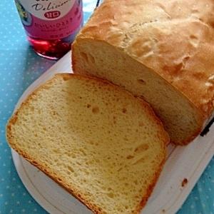 ホームベーカリーで作る赤ワイン入り食パン♪