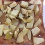 リンゴマーマレードジャムピーナッツクリームトースト