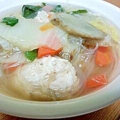 マヨネーズ入り鶏団子とゴボウの春雨スープ