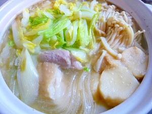 塩麹効果で鶏肉やわらか!寒い日にもってこい!鶏鍋