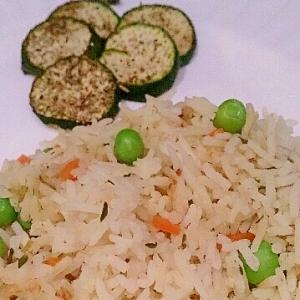 炊飯器でタイムとグリーンピースの洋風お豆ご飯