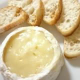 カマンベールでチーズフォンデュ風