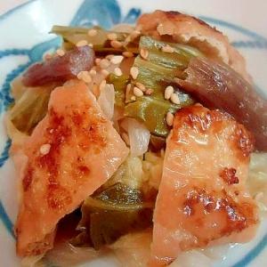 白菜と油あげの味噌炒め