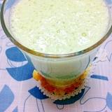 梨と青汁と豆乳のグリーンスムージー