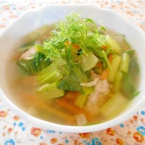 肉団子と小松菜のディル風味スープ