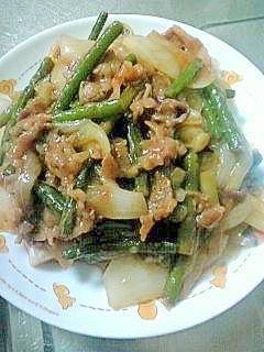 ラー油で炒める焼肉♪野菜も美味しい(^ー^* )♪