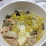 鮭と白菜のパイタンスープ鍋