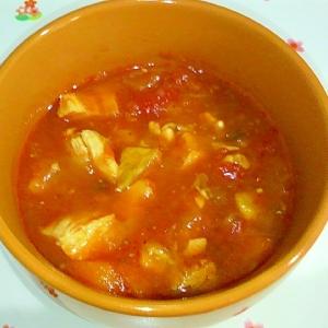 鶏肉のトマトスープ