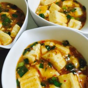 豆板醤で簡単!たっぷりニラの肉なし麻婆豆腐