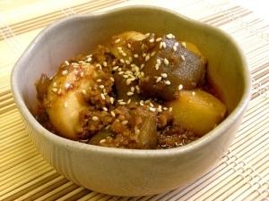 ごはんがススム♪里芋とこんにゃくのピリ辛☆肉味噌煮