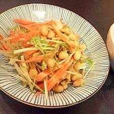 水菜、人参、大豆のサラダ