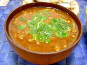 漢方食材白木耳も入れて ナメコのお味噌汁