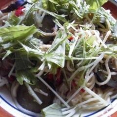 ホタテ缶と水菜のパスタ