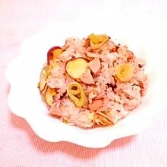 さつまいもと胡桃の炒飯