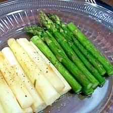 ホワイト&グリーンアスパラガスのバター炒め