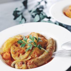 ソーセージと蓮根、マッシュルームのトマト煮