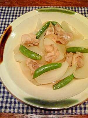鶏と新玉ねぎとスナップえんどうの煮物☆