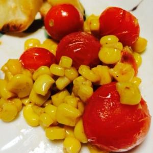 コーンとトマトの炒め