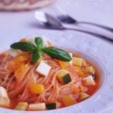 トマトジュースで冷製スープパスタ