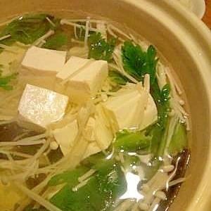 豆腐が主役!土鍋ならではのふわぷる湯豆腐