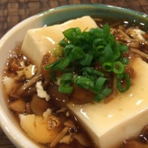 トロットロ〜♪なめこ豆腐。