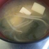 ★豆腐・もやし・ワカメの味噌汁★