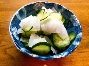 胡瓜と大根の塩もみ