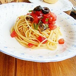 トマトとオイルサーディンの冷製パスタ