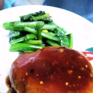 ダイエット中に食べたい!ひき肉なし豆腐ハンバーグ♪
