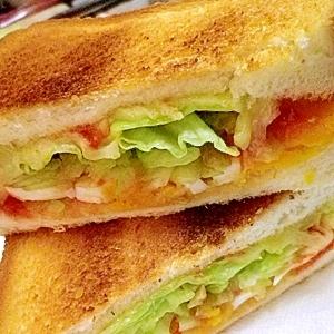 ゆでたまチーズにケチャップ味でお子様トーストサンド